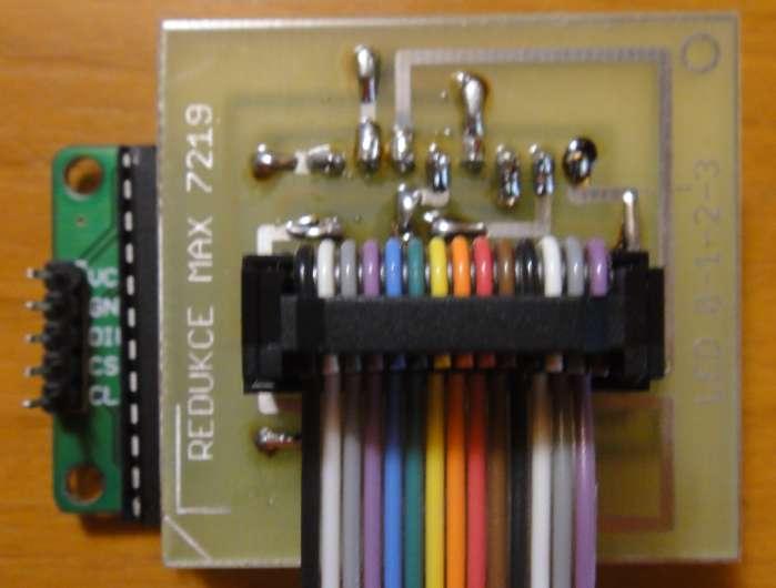 27541 B / 699 x 530 / 002 Výstup na displej.png