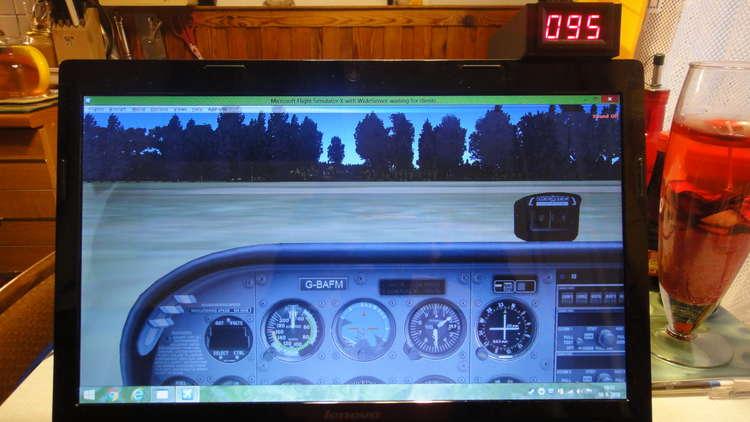 42636 B / 750 x 422 / 005 Kompas indikace azimutu.JPG