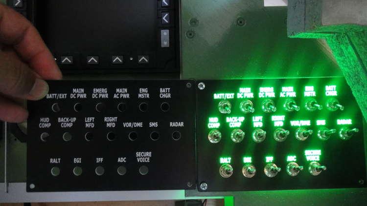 31686 B / 750 x 422 / 008 Hlavní rozvaděč podsvícení.JPG