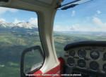 Blížime sa, letisko v dohľade, vľavo Vysoké Tatry